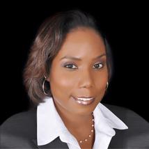 Headshot of Linda Barry
